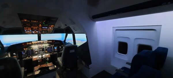 Airliner Simulator